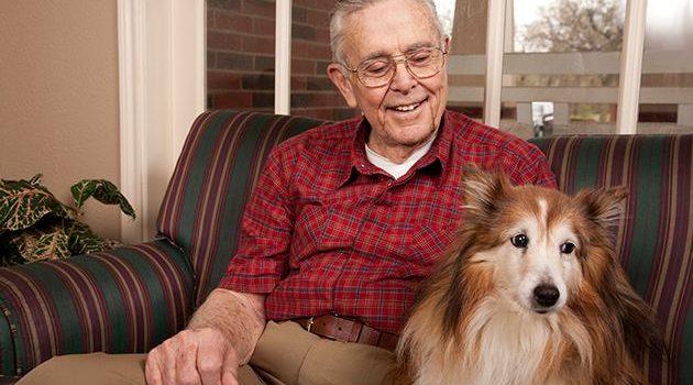 MBF om att Hemtjänsten hjälper till med de äldres sällskapsdjur när de gamla bor kvar hemma upplagd